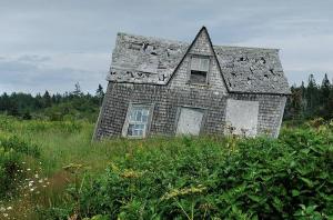 maison endommagé 300X198